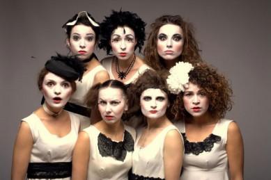 В Одессе состоится концерт фрик-кабаре Dakh Daughters Band