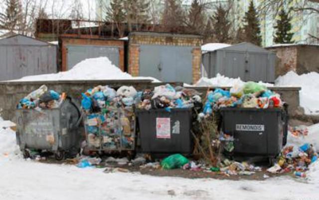 В связи с подорожанием горючего ситуация с вывозом мусора сложилась критическая