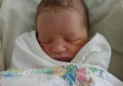 Мила Йовович показала новорожденную дочь