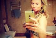 Анна Семенович готова к купальному сезону