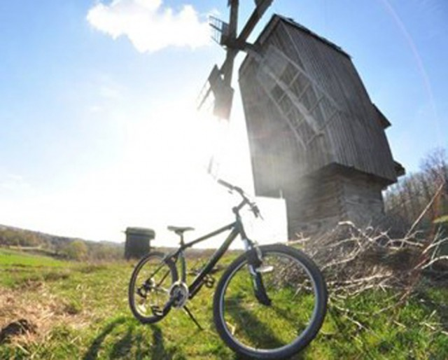 За 50 гривен можно арендовать велосипед