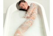 Жизель Бундхен обнажилась на обложке Vogue