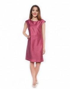 Розовое платье прямого кроя