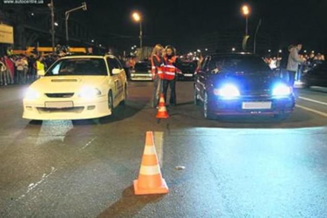 ГАИ начала борьбу с любителями незаконных ночных гонок, штраф — до 680 грн или тюрьма
