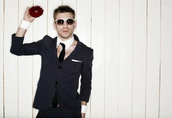 Известный певец сорвал овации в Москве, спев на украинском языке