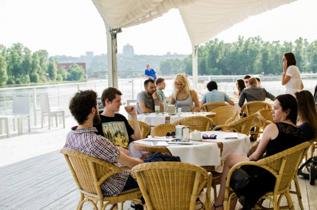 "Ресторан ""Белая дача"" на Броварском проспекте. Фото facebook.com/ilovepriroda"