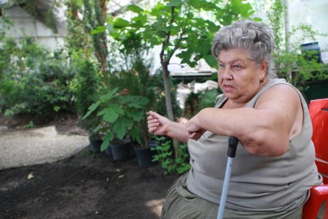 Валентина Николаевна. Работает с растениями с 1970 года.