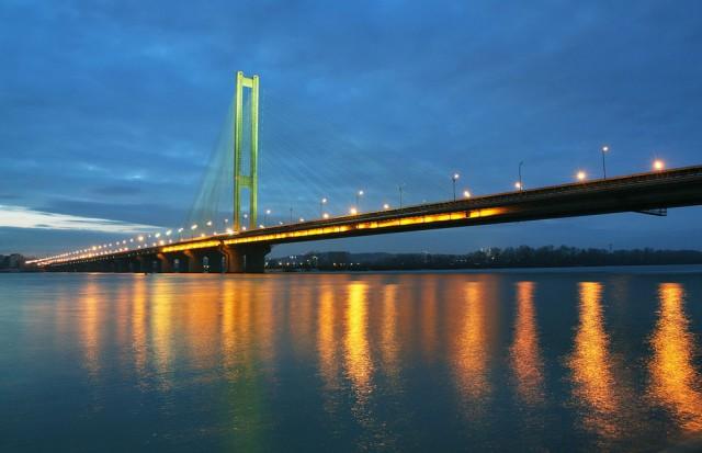 На мосту будут вестись ремонтные работы