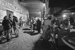 Маргинальный шабаш: фотоотчет с самой ароматной вечеринки года БОМЖ-пати 2015