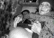 Сенсация! 70-летние киевские школьницы оказались беременны!