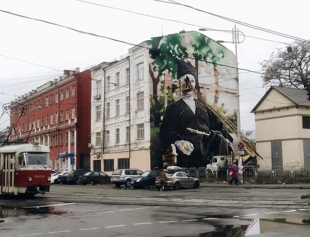 Рисунок, на котором изображен гетман Украины Павел Скоропадский, почти завершен