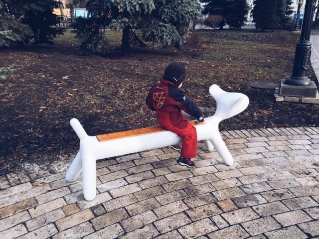 Скамейки поставили в парке Шевченко