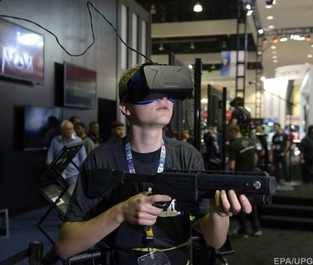 Facebook собирается перевести соцсети в виртуальную реальность, а заодно вторгнуться в индустрию игр