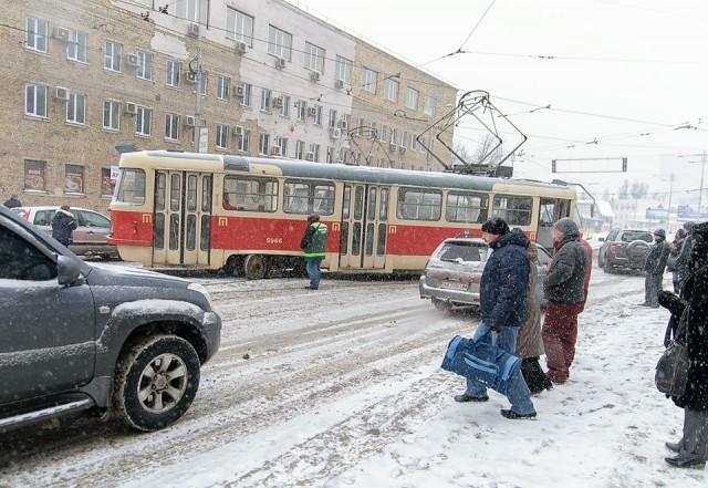 Движение транспорта было заблокировано полчаса