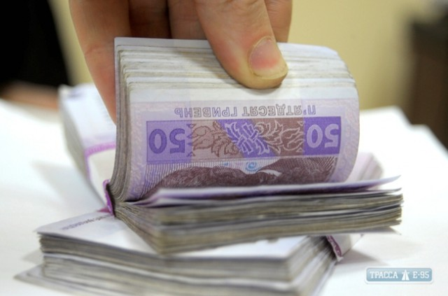 Научный руководитель требовала от студента десять тысяч гривен
