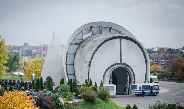 Городской крематорий зарабатывает больше чем театры