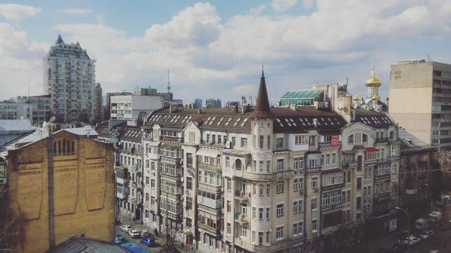 В мае на улице Сечевых Стрельцов 37/41 (бывшая Артема) откроется новая концертная локация Roof