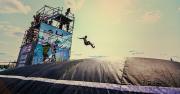 Мокрые майки, экстремальный спорт и летающие люди: фоторепортаж с Crazzzy Jump Fest 2016