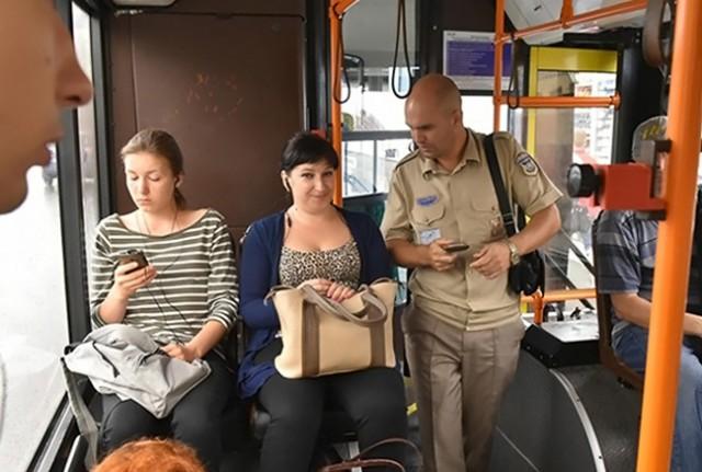 Пассажирам без билетов грозит штраф в 100 гривен