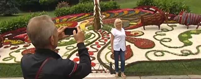 Тема цветочной выставки – выдающиеся киевляне