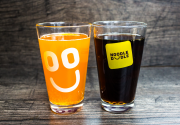 В усіх закладах Noodle Doodle можно пити напої скільки хочеш!