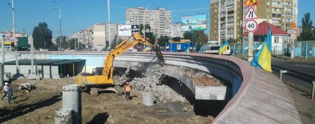 Киев может потерять станцию метро из-за строительства нового супермаркета
