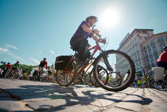 """В столице в пятницу стартовала Европейская неделя мобильности, во время которой пройдет День парковки, День без авто и осенний день """"На велосипеде на работу"""""""