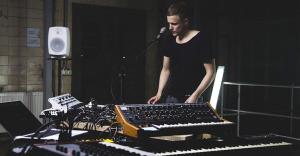 Хедлайнер фестиваля Burning Man в Киеве: почему нельзя пропустить концерт Jan Blomqvist в клубе Atlas