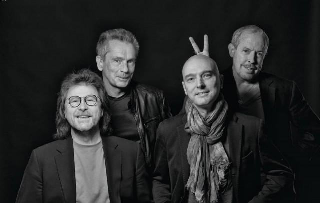 Группа возвращается к нам с бронебойным набором хитов за все 47 лет существования