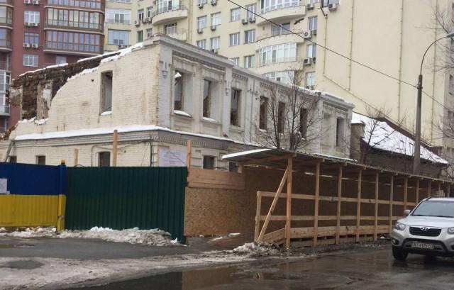 Артисты будут протестовать против незаконного уничтожения исторических зданий