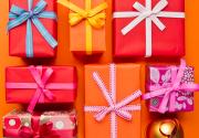Где купить подарки на Новый год: самая полезная подборка в уанете