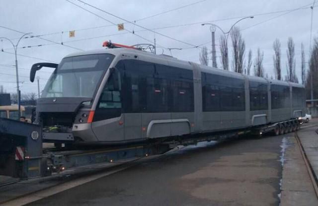 Трамвай уже скоро выпустят на линию