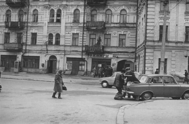 Ул. Хорива, 4, 1980-е годы. (Фото: starkiev.com)