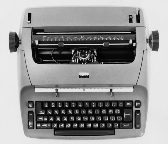 Электрическая пишущая машинка IBM Selectric, 1961