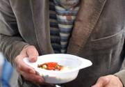 Кто в Киеве бесплатно кормит бездомных и бомжей?