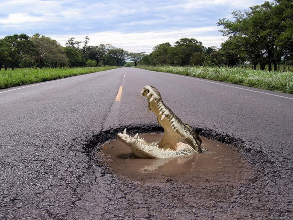Украина вошла в топ-10 стран с худшими в мире дорогами