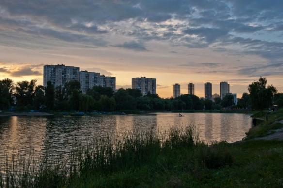 В Киеве обустроят территорию озера Радужное