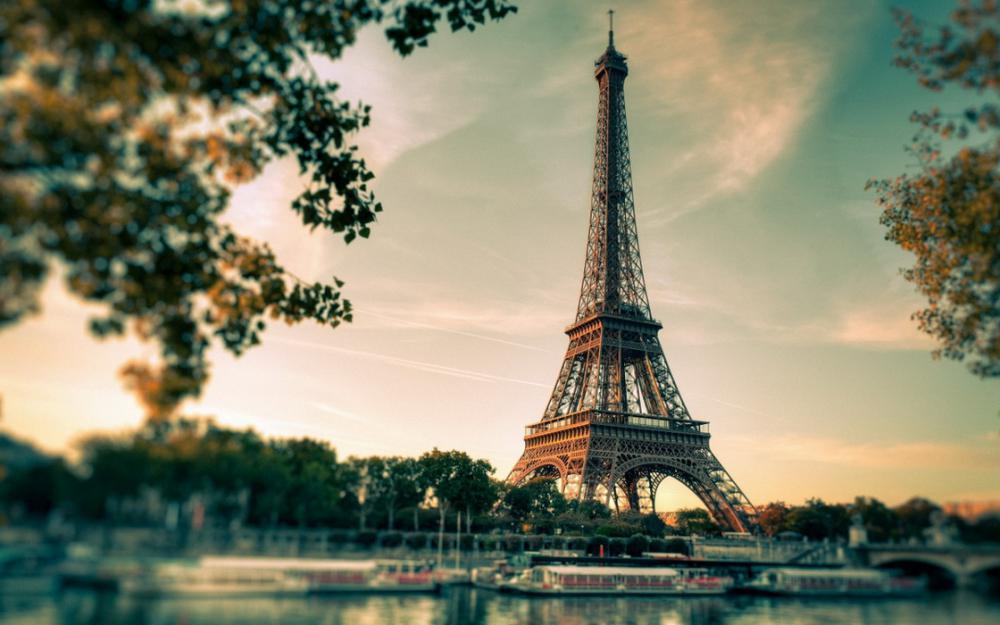 20 фильмов для влюбленных в Париж