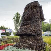 Остров Пасхи по-киевски: состоялось открытие нового арт-объекта (ФОТО)