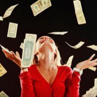 Засыпали деньгами: в Киеве наказали нарушителя правил парковки (ФОТО)
