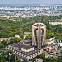 Киевлян зовут на экскурсию по знаменитому телецентру