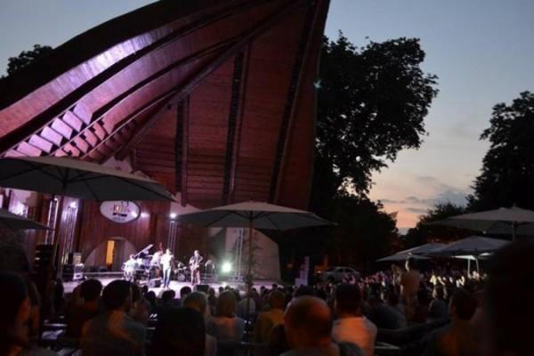 Киевлян приглашают на бесплатный джазовый вечер