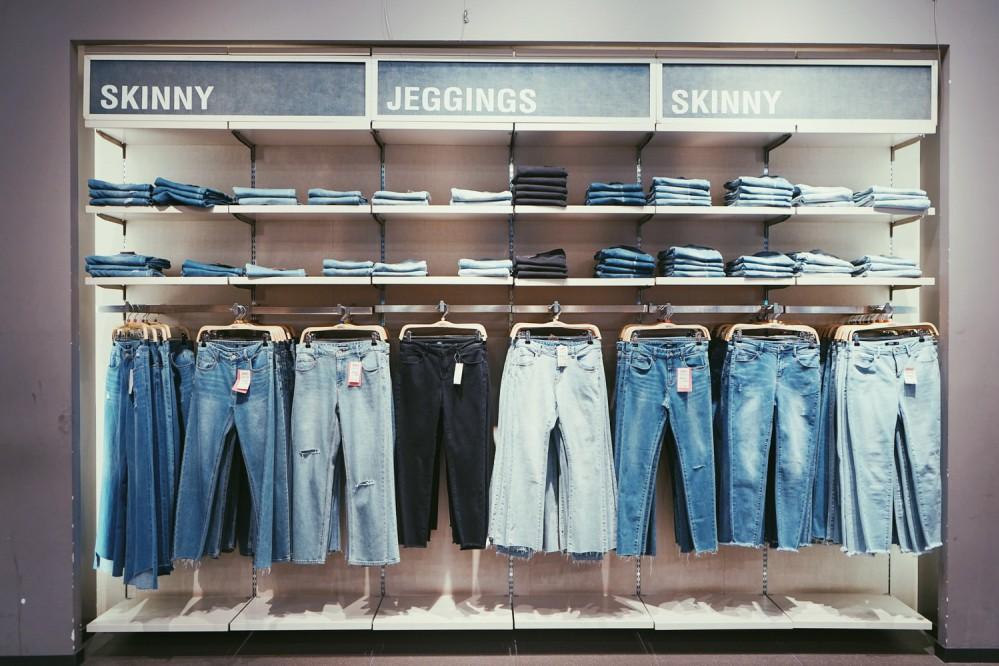 12 моделей джинсов, которые стоит выбросить из гардероба