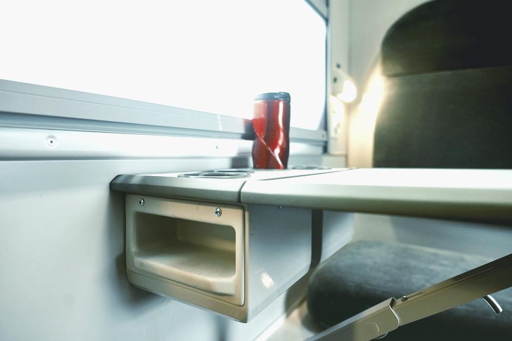 Места для стаканов, USB-розетки и климат-контроль: в «Укрзализныце» отремонтируют 50 первых вагонов