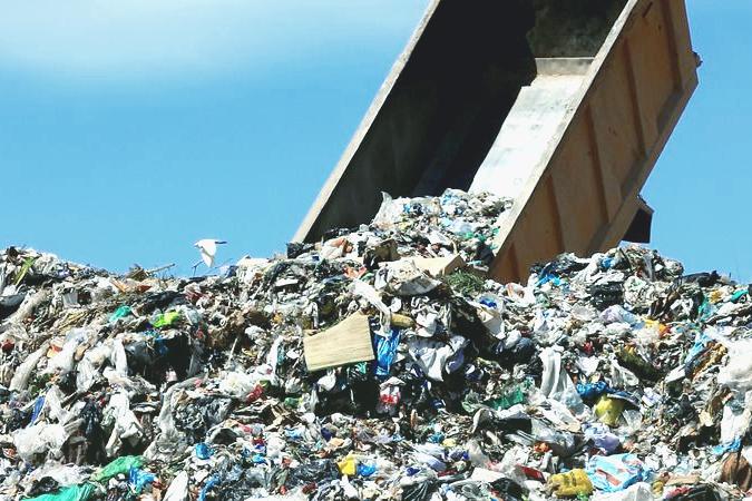 Львовский мусор добрался и до Чернобыльской зоны