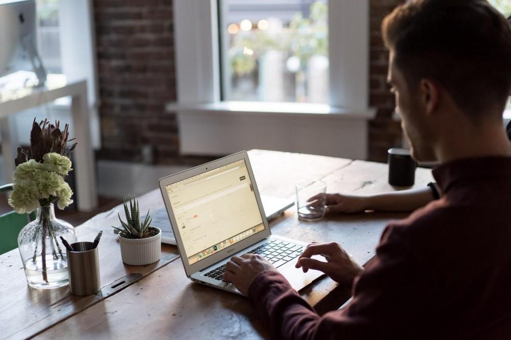 Минцифры запускает онлайн-школу для предпринимателей в формате сериала
