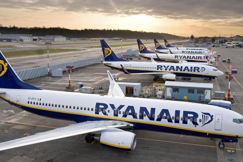 Пассажирам Ryanair обещают вернуть деньги  за отмененные рейсы в июле