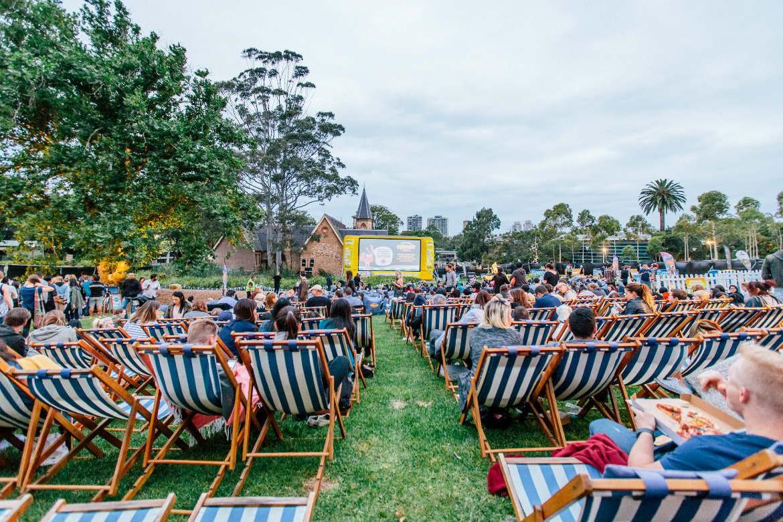 Под открытым небом и не только: 9 мест, где можно посмотреть фильмы в Киеве помимо кинотеатра