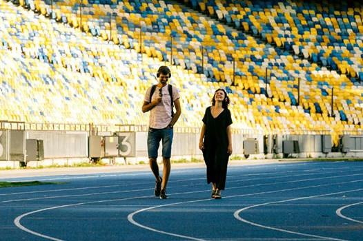 Захватывающе и романтично: в Киеве на стадионах покажут необычную постановку всего лишь для двух зрителей