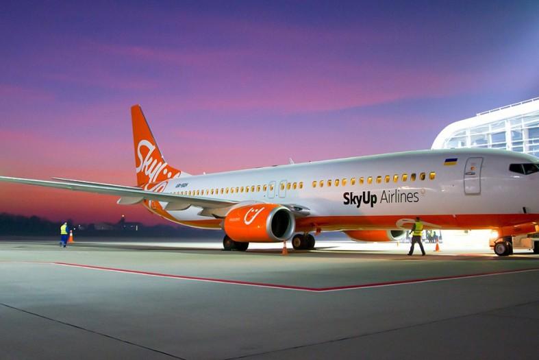 SkyUp будет автоматически возвращать пасcажирам деньги  за отмененные рейсы